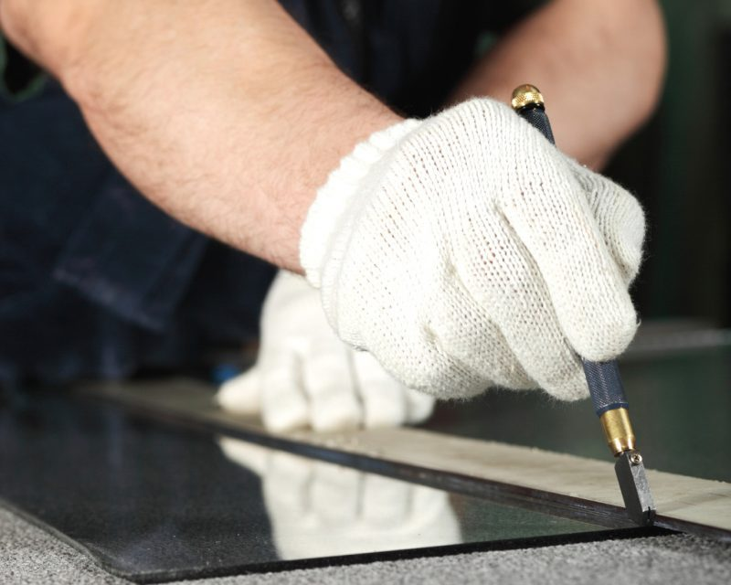 glass cutting services